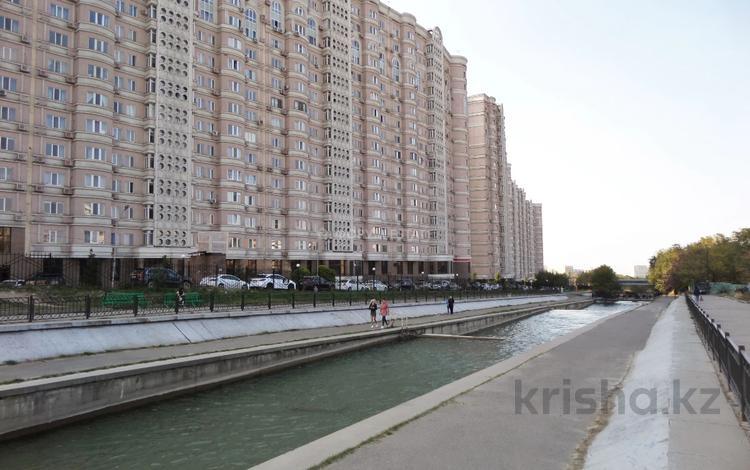 2-комнатная квартира, 75 м², 11/16 этаж, Навои 208 — Торайгырова за 37 млн 〒 в Алматы, Бостандыкский р-н