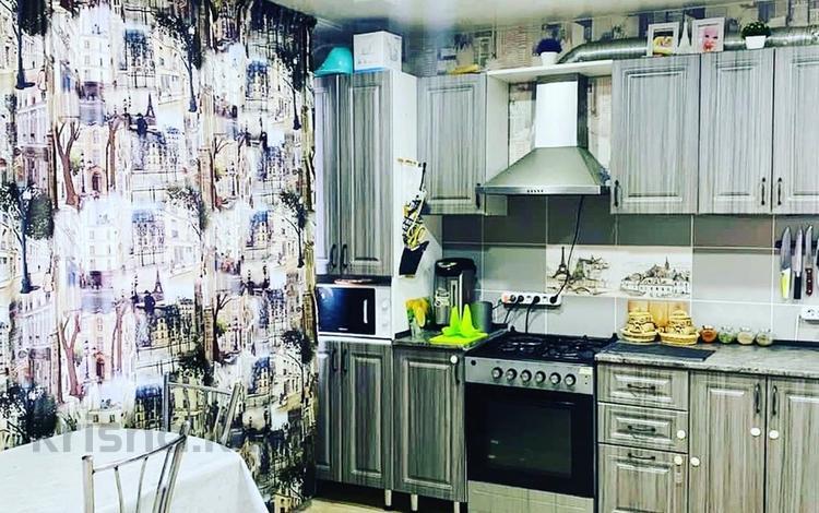 2-комнатная квартира, 62 м², 10/10 этаж, Кунаева 79 за 10.5 млн 〒 в Актобе