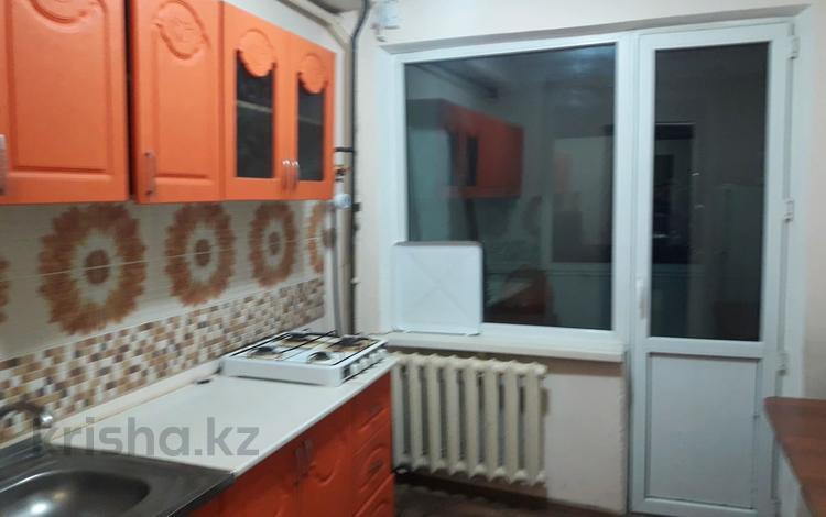 3-комнатная квартира, 68 м², 2/5 этаж помесячно, Карасай батыра за 90 000 〒 в Талгаре