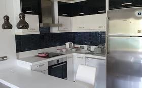 2-комнатная квартира, 65 м², 8/13 этаж посуточно, Azura Park Residents 86 за 15 000 〒 в