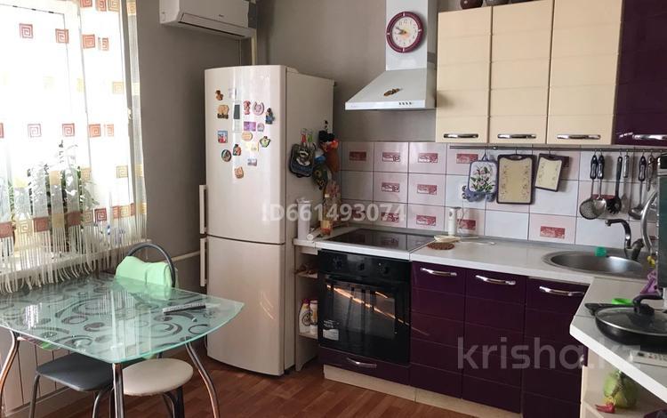 1-комнатная квартира, 58.2 м², 7/9 этаж, Бокенбай Батыра 133к1 за 9.5 млн 〒 в Актобе