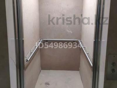 1-комнатная квартира, 43 м², 4/9 этаж, Кабанбай батыра 60 за 23 млн 〒 в Нур-Султане (Астана), Есиль р-н — фото 41
