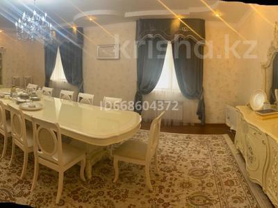 6-комнатный дом, 290 м², 10 сот., мкр Атырау, Мкр Атырау, улица 22 18 за 60 млн 〒