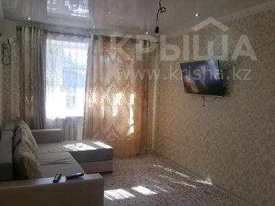 2-комнатная квартира, 45 м², 2/5 этаж поквартально, Махамбета 107 за 130 000 〒 в Атырау