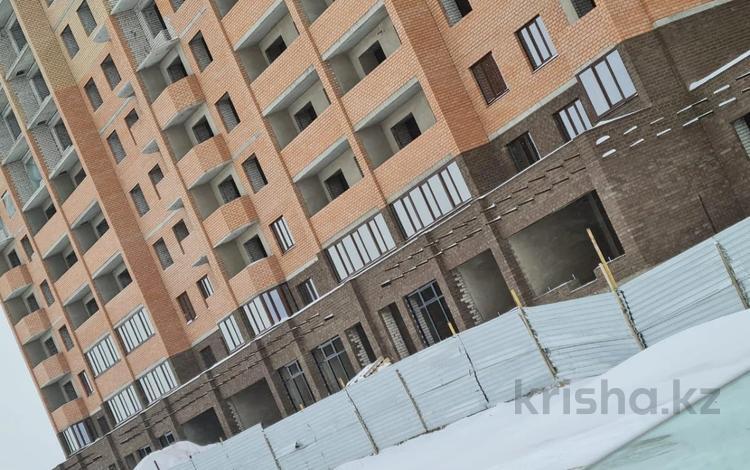 2-комнатная квартира, 55.4 м², 9/10 этаж, проспект Алии Молдагуловой 9б за ~ 12.2 млн 〒 в Актобе, мкр. Батыс-2