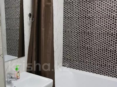 1-комнатная квартира, 40 м², 3/5 этаж посуточно, Мауленова 32 32 за 12 000 〒 в Алматы, Алмалинский р-н — фото 5