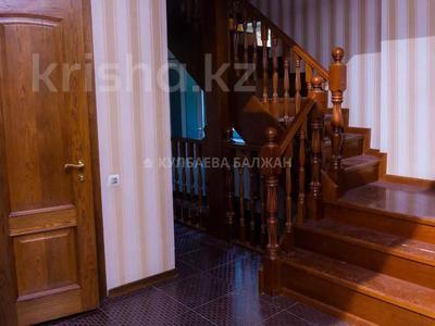 5-комнатный дом помесячно, 310 м², 12 сот., Аскарова за 1 млн 〒 в Алматы, Бостандыкский р-н — фото 8