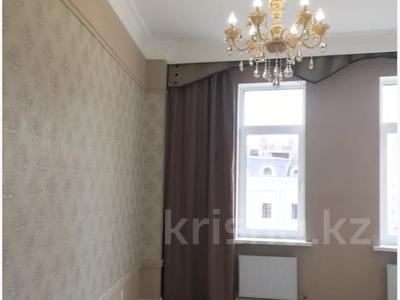 4-комнатная квартира, 130 м², 3/7 этаж, Шамши Калдаякова 4/1 за 78 млн 〒 в Нур-Султане (Астана), Есиль р-н — фото 16