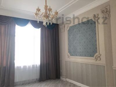 4-комнатная квартира, 130 м², 3/7 этаж, Шамши Калдаякова 4/1 за 78 млн 〒 в Нур-Султане (Астана), Есиль р-н — фото 29