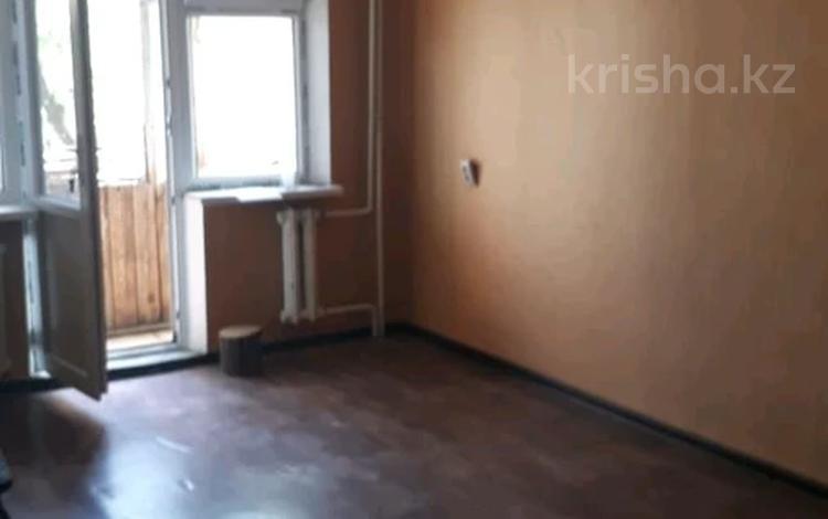 1-комнатная квартира, 32 м², 4/5 этаж, Джангильдина — Молдагулова за 8.8 млн 〒 в Шымкенте, Аль-Фарабийский р-н