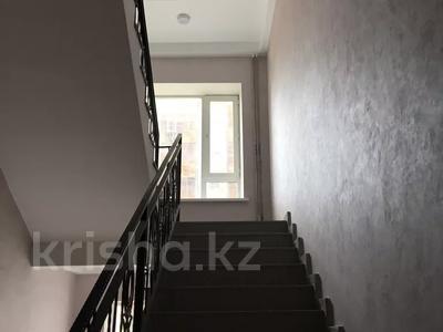 1-комнатная квартира, 40.1 м², 7/10 этаж, Кайыма Мухамедханова за 13.2 млн 〒 в Нур-Султане (Астана), Есильский р-н — фото 6