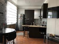 3-комнатная квартира, 200 м², 5/5 этаж помесячно