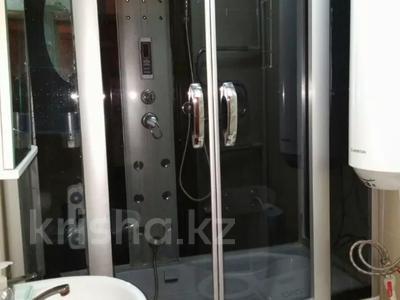 2-комнатная квартира, 48 м² посуточно, Абдирова 25 за 8 000 〒 в Караганде, Казыбек би р-н — фото 6