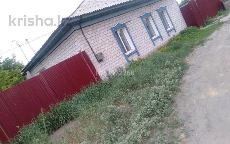 3-комнатный дом, 80 м², 6 сот., Чимкентский переулок 15б — Дальняя за 6 млн 〒 в Семее