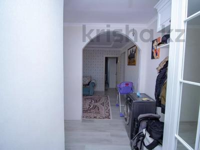 3-комнатная квартира, 75.4 м², 9/10 этаж, Темирбека Жургенова за 24.5 млн 〒 в Нур-Султане (Астана), Алматы р-н — фото 11