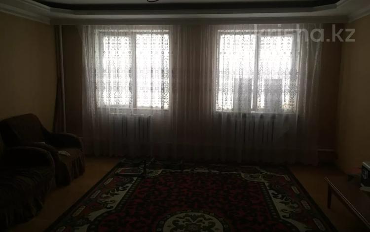 8-комнатный дом, 306 м², 7 сот., мкр Калкаман-2 за 80 млн 〒 в Алматы, Наурызбайский р-н
