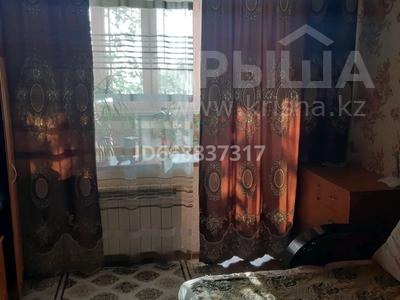1-комнатная квартира, 36 м², 1/10 этаж, мкр 11 11 — М.Маметовой за 10.5 млн 〒 в Актобе, мкр 11