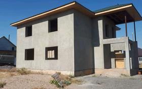 8-комнатный дом, 300 м², 10 сот., Мәңгілік ел 11 за 10.5 млн 〒 в