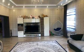 8-комнатный дом, 415 м², 3-й переулок Трудовой за 120 млн 〒 в Таразе