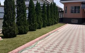 5-комнатный дом, 203 м², 10 сот., мкр Акжар, Айманова 47 за 69 млн 〒 в Алматы, Наурызбайский р-н