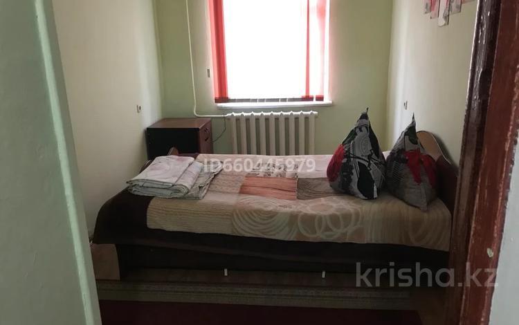 2-комнатная квартира, 40 м², 1/4 этаж по часам, Панфилова 49 за 1 000 〒 в Алматы, Алмалинский р-н