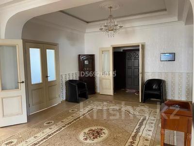 9-комнатный дом помесячно, 600 м², 40 сот., мкр Ремизовка за 900 000 〒 в Алматы, Бостандыкский р-н