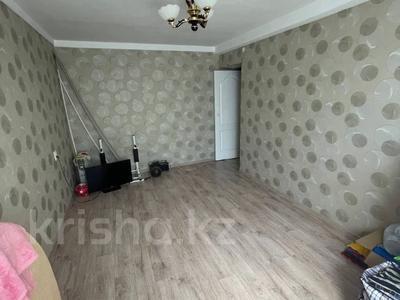 2-комнатная квартира, 44 м², 4/5 этаж, Карасай батыра 16 за 12.3 млн 〒 в Нур-Султане (Астане), Сарыарка р-н
