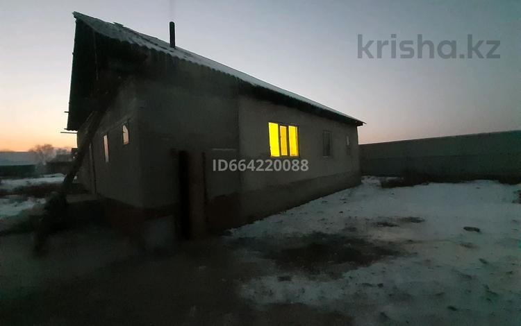 9-комнатный дом, 140 м², 18 сот., Микрорайон АйАбылай ул Молдагулова 404 — Кажымукана за 15 млн 〒 в Талгаре