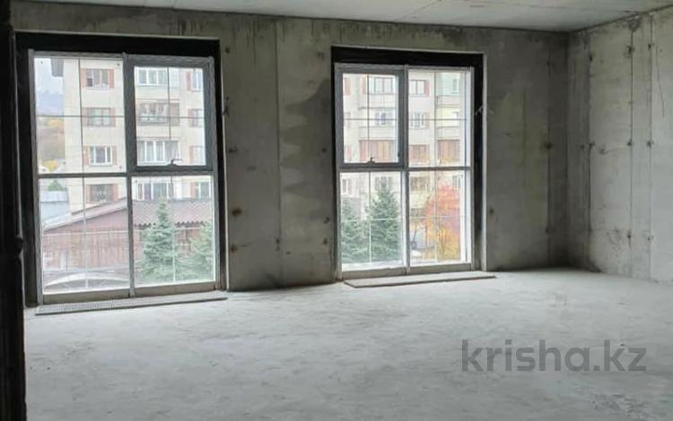 3-комнатная квартира, 122 м², 2/4 этаж, мкр Баганашыл, Сыргабекова 55 — проспект Аль-Фараби за 84.1 млн 〒 в Алматы, Бостандыкский р-н