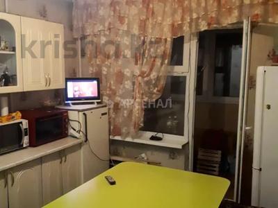 2-комнатная квартира, 50 м², 1/5 этаж, мкр Аксай-3А, Яссауи за 16.5 млн 〒 в Алматы, Ауэзовский р-н