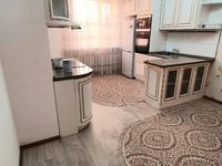 3-комнатная квартира, 101 м², 6/15 этаж на длительный срок, Акмешит 7 за 350 000 〒 в Нур-Султане (Астане), Есильский р-н