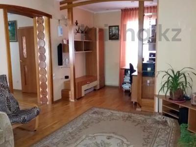 4-комнатный дом, 120 м², 8 сот., Карла Маркса — Толстого за 34.8 млн 〒 в Павлодаре