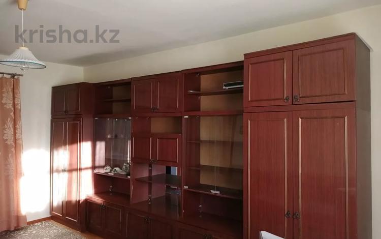 3-комнатный дом, 86 м², 6 сот., улица Букурова за 14 млн 〒 в Жезказгане