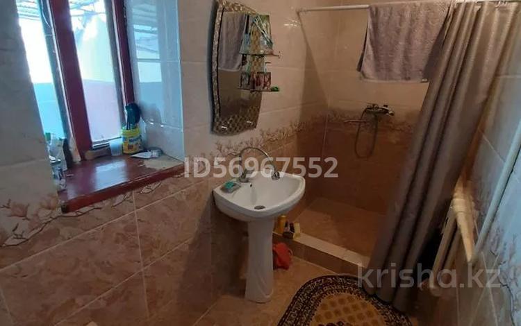 6-комнатный дом, 115 м², 8 сот., Касымбекова 48 за 25 млн 〒 в Таразе