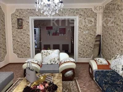 8-комнатный дом, 400 м², 0.098 сот., проспект Махамбета 2-а мкр 65 за 45 млн 〒 в Кульсары — фото 5