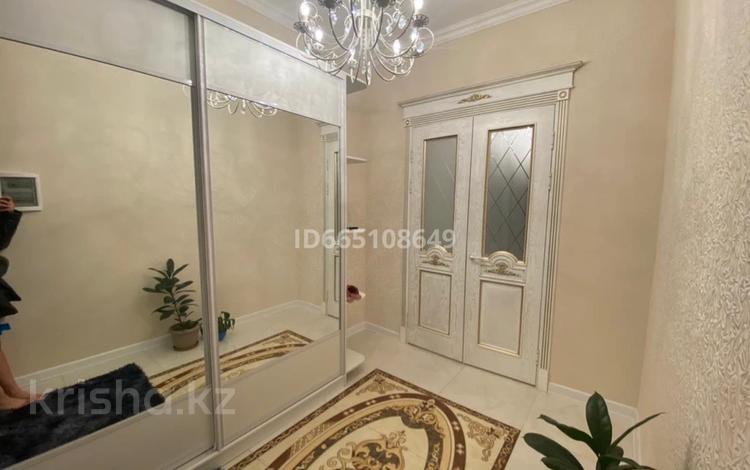 9-комнатный дом, 480 м², 8 сот., мкр Акниет за 120 млн 〒 в Шымкенте, Абайский р-н