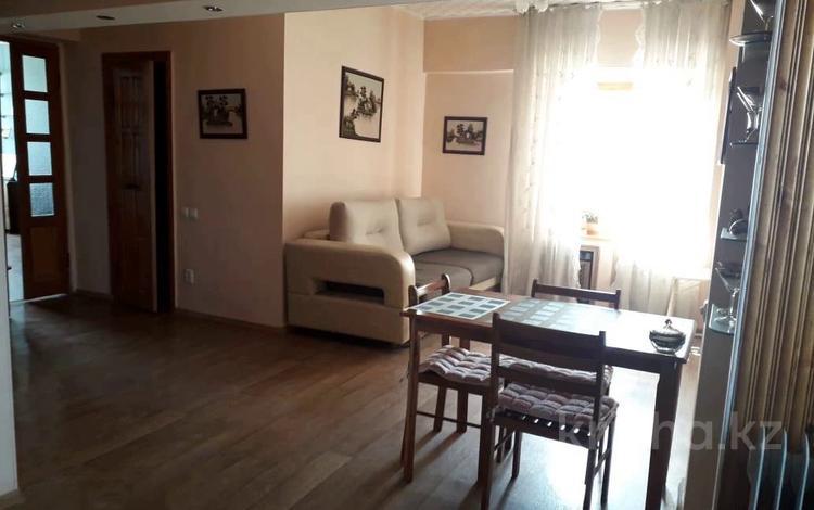 3-комнатная квартира, 70 м², 5/9 этаж, мкр Мамыр-1, Шаляпина — Бауыржана Момышулы за 28 млн 〒 в Алматы, Ауэзовский р-н