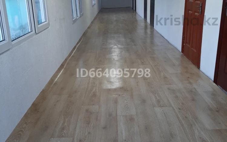 1-комнатная квартира, 21 м², 1/1 этаж помесячно, Горно-Алтайская за 45 000 〒 в Усть-Каменогорске