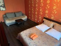 1-комнатная квартира, 39 м², 3/5 этаж по часам, Нуркен абдирова 36/1 за 1 500 〒 в Караганде