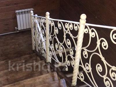 4-комнатный дом, 210 м², ул. Кизатова 11 — ул. Кирпичная за 29 млн 〒 в Петропавловске — фото 7