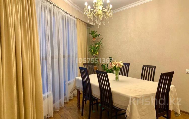 3-комнатная квартира, 100 м², 9/16 этаж, Шакарим Кудайбердыулы — Рыскулбекова за 27.9 млн 〒 в Нур-Султане (Астана)