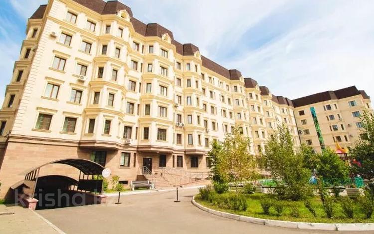 3-комнатная квартира, 143 м², 4/6 этаж, Мухамедханова 7/1 за 80 млн 〒 в Нур-Султане (Астана), Есиль р-н