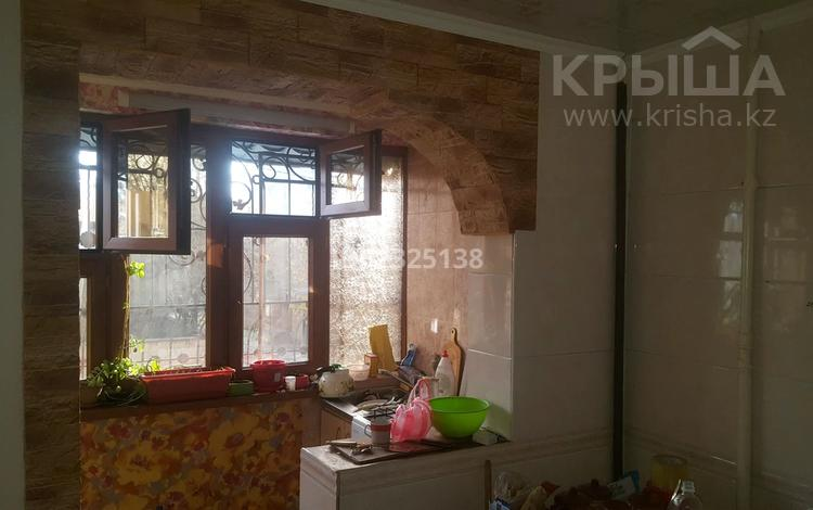 4-комнатная квартира, 72 м², 2/5 этаж, Калдаякова 1/1 за 30.5 млн 〒 в Шымкенте, Аль-Фарабийский р-н