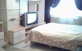 1-комнатная квартира, 35 м², 2/5 этаж посуточно, мкр №10, Абая 16 — Саина за 7 000 〒 в Алматы, Ауэзовский р-н