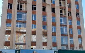 1-комнатная квартира, 42 м², 2/10 этаж, Ашимова 21 за 13.9 млн 〒 в Караганде, Казыбек би р-н