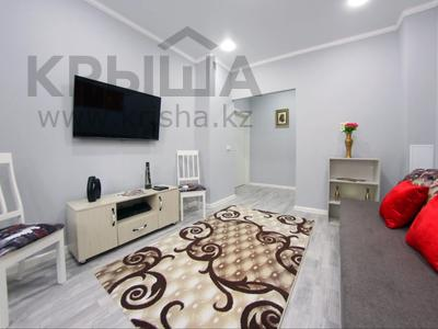 2-комнатная квартира, 44 м², 2/5 этаж посуточно, Сейфуллина 497 — Макатаева за 14 990 〒 в Алматы, Алмалинский р-н