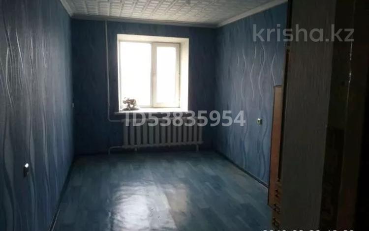 3-комнатная квартира, 62 м², 4/5 этаж, улица Бозтаева 79 за 13 млн 〒 в Семее