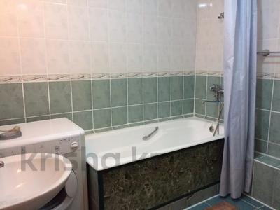 3-комнатная квартира, 70 м², 2/5 этаж посуточно, Панфилова 85 — Жибек Жолы за 12 000 〒 в Алматы, Алмалинский р-н