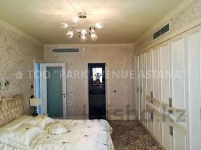 4-комнатная квартира, 195 м², 23/30 этаж помесячно, проспект Туран 36 за 750 000 〒 в Нур-Султане (Астана), Есиль р-н — фото 8