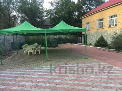 7-комнатный дом посуточно, 400 м², Павлова за 90 000 〒 в Павлодаре